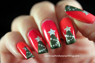 Christmas tree nail art