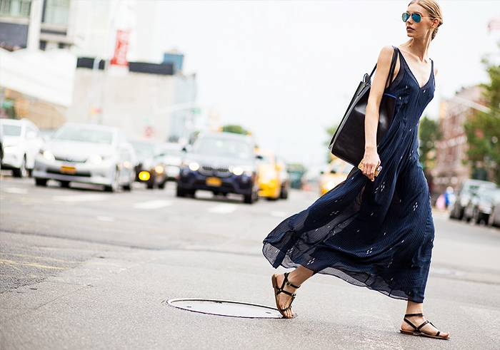 Porady stylisty: Jak nosić sukienkę maxi? * Ponad 60 propozycji
