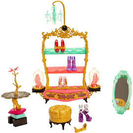 EAH Book End Hangouts Glass Slipper Shoe Store Doll