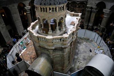 Jesus Tomb In Jerusalem Re-Opens After Nine Months Restoration 6