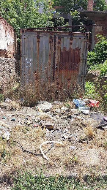 Neglect, Waste, Yambol,