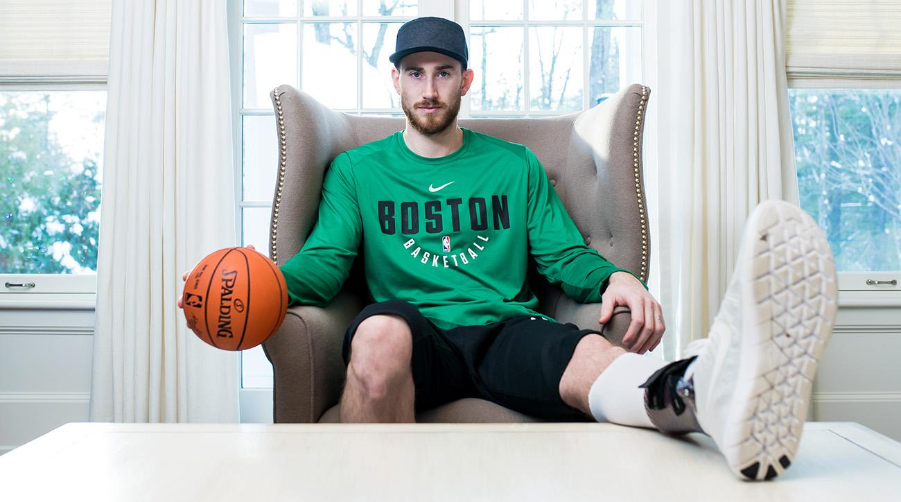 Celtics Life Hayward S Ankle Still Swollen Still Purpleish Should We Be Worried