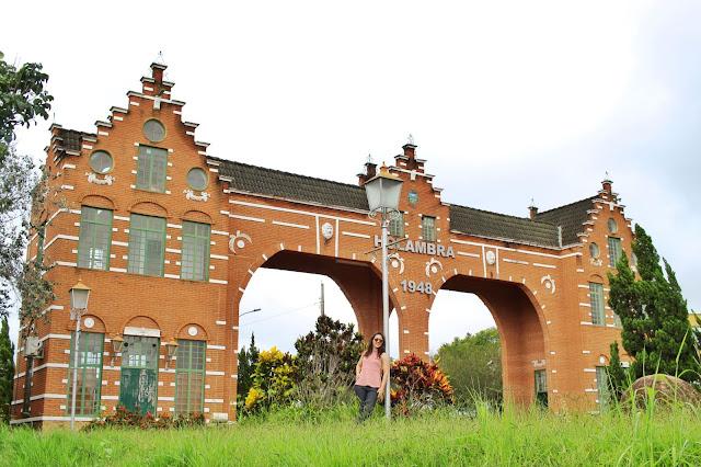 Portal de Holambra, em Holambra, São Paulo.