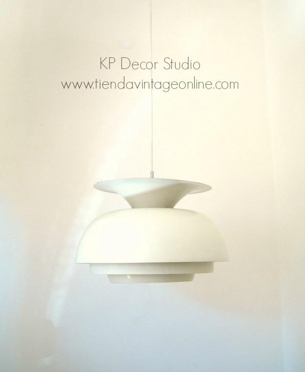 comprar lámpara de techo colgante estilo danesa dinamarca, aluminio esmaltado. Jakobsson vintage blanca de diseño años 50