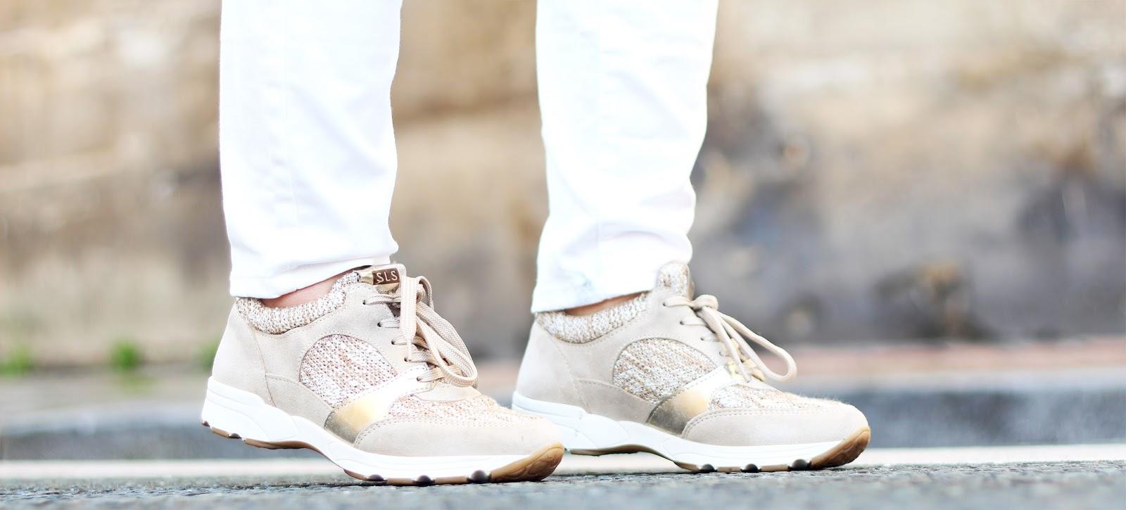sneakers dorées