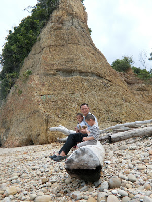 Batu Luang & a stop over at Tempurung Seaside Lodge