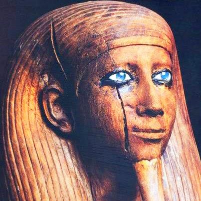 blue-eyed-egyptian5.jpg