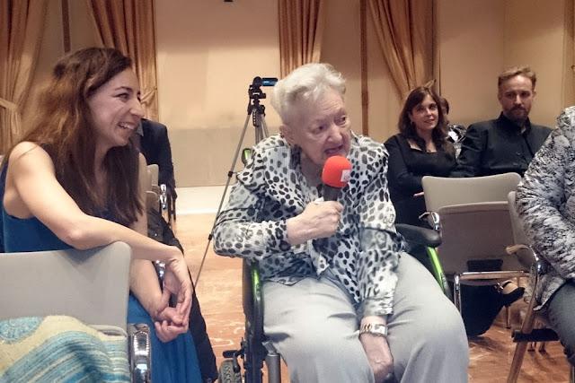 La compositora, en un homenaje en Madrid, meses antes de su muerte