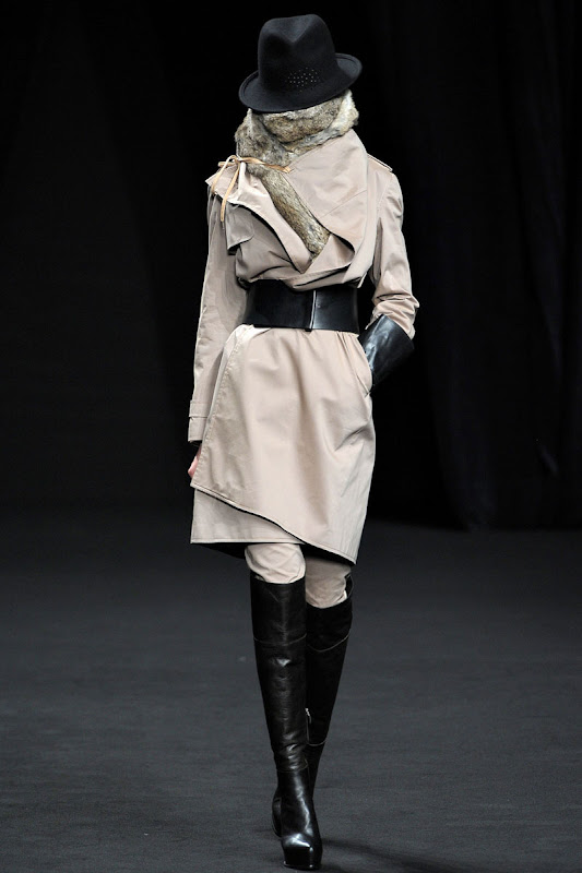 A. F. Vandevorst Autumn/Winter 2012/13 Women's Collection