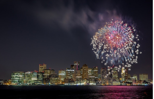 Boston Harbor no Ano Novo em Boston