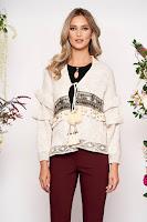 Cardigan crem casual cu croi larg din material tricotat cu aplicatii cu paiete cu snur •