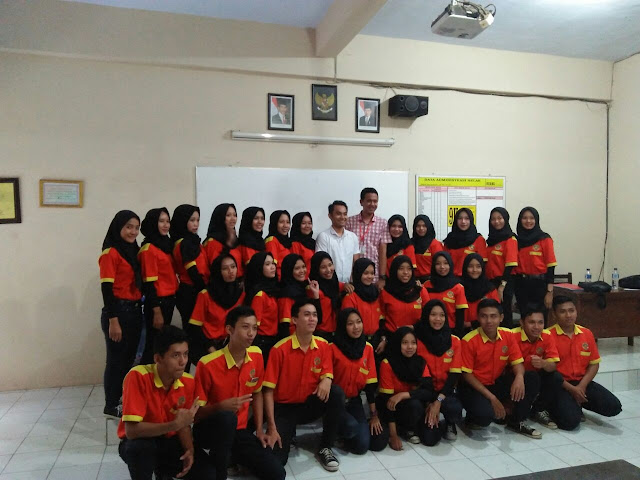 Uji Kompetensi Kejuruan Kelas Alfamart Th Ajaran 2017/2018 Smkn 1 Boyolangu Tulungagung