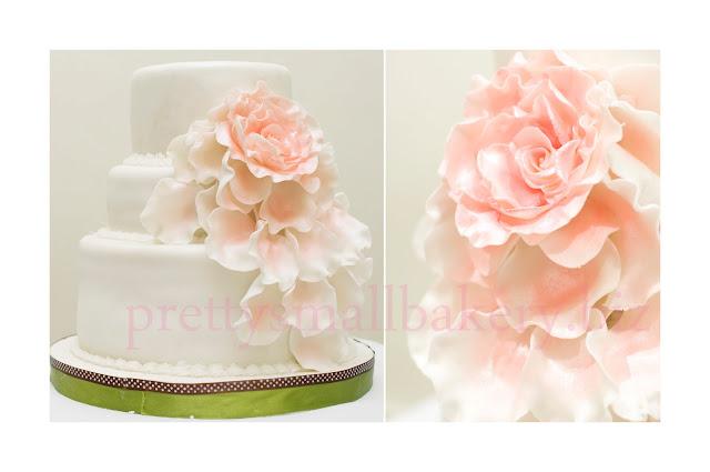 kek hantaran 3 tingkat  3 tiers wedding cake