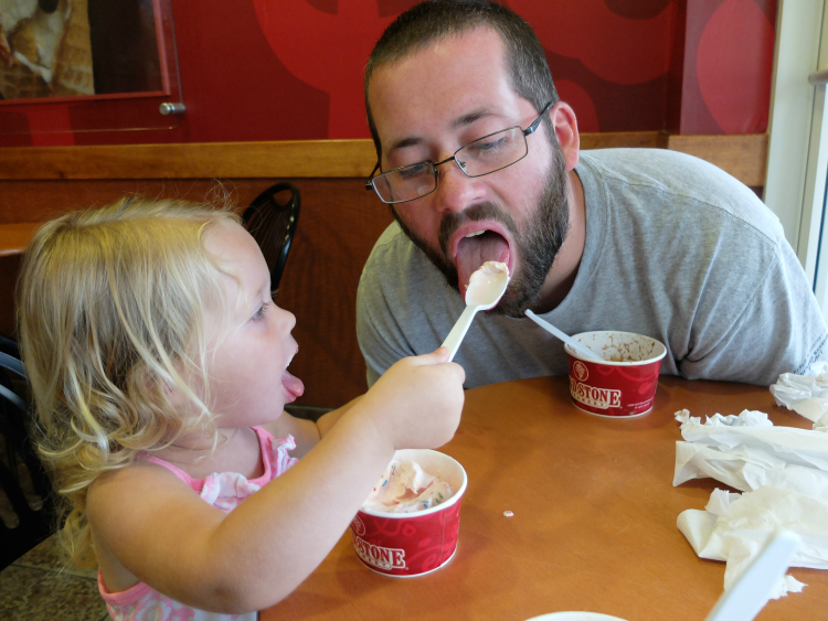 Sweet Turtle Soup: Spring Bucket List - Ice Cream Date, Cold Stone