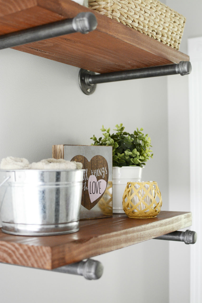 DIY Modern Farmhouse Shelving