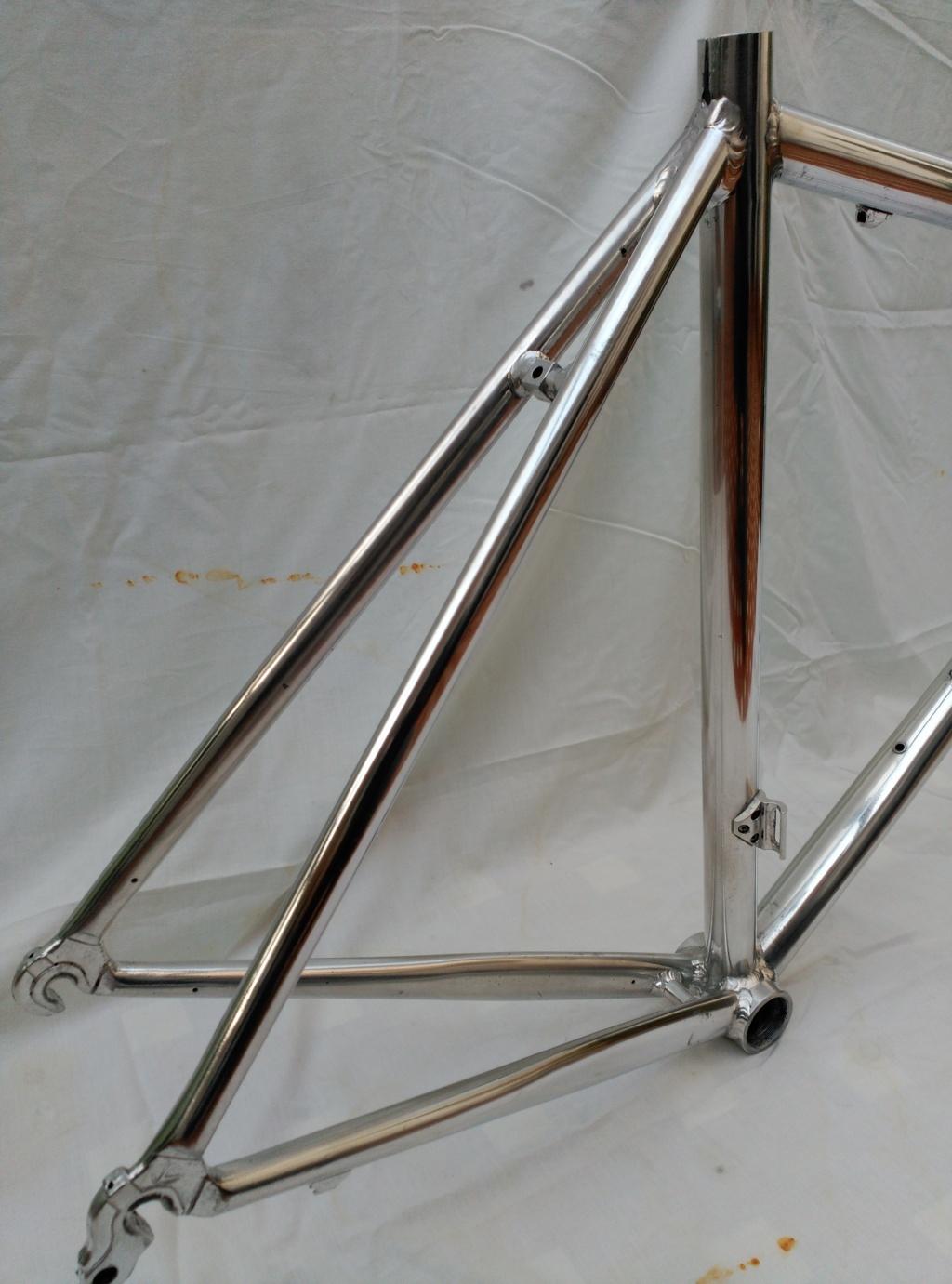 le vélo calme: Mendiz (III). Decapado cuadro de aluminio