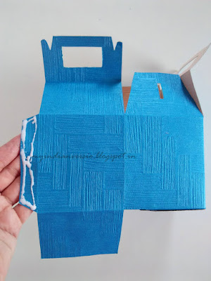 DIY-gift-bag-picture-tutorial-glue-base