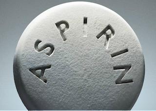 الأسبيرين يسبب الإصابة بقرحة المعدة