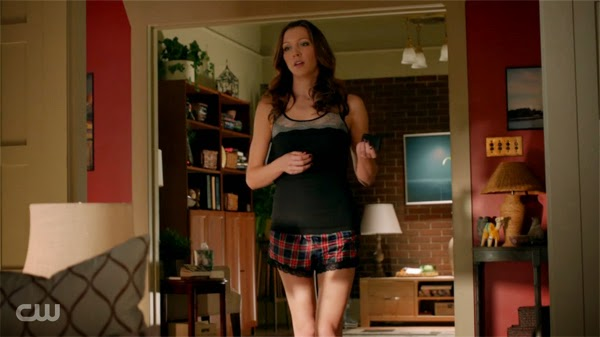Get The Look Laurel Lance S Apartment On Screen Decor