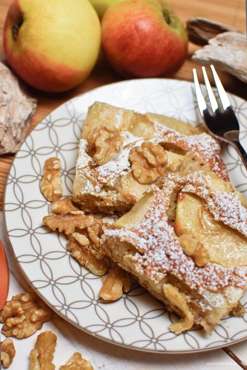 Apfel Walnuss Tarte vom Blech, Rezept für Bechkuchen