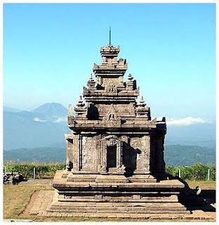 Candi Gedongsongo.Dekat Semarang, Jawa Tengah.