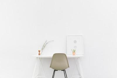 Tidak Ingin Kecewa? Berikut Tips Menemukan Meja Kantor Yang Tepat