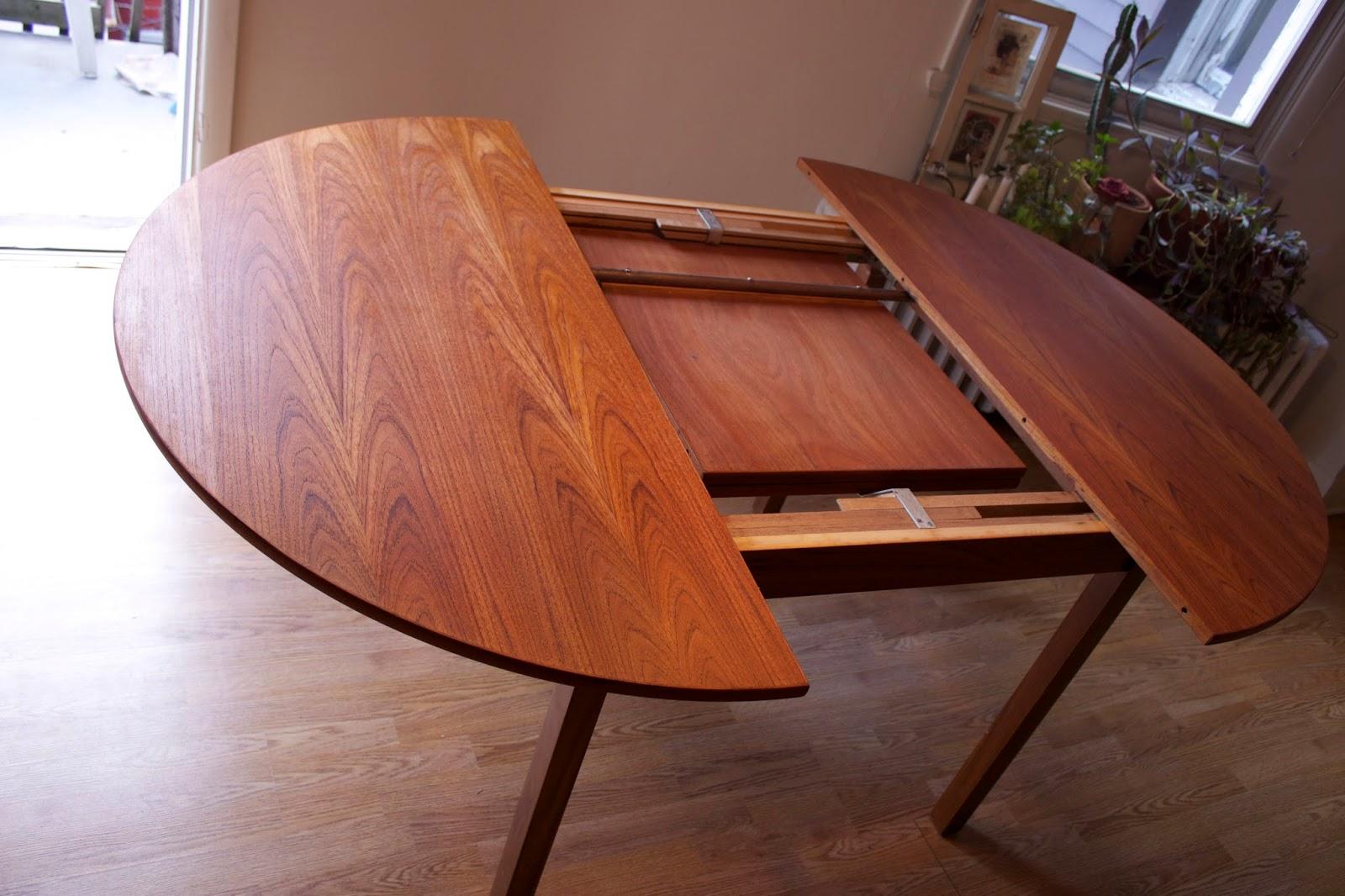 Lux Interieur Table Ronde De Cuisine En Teck Vendu