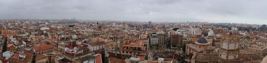 Vistas de Valencia desde lo alto del Micalet.
