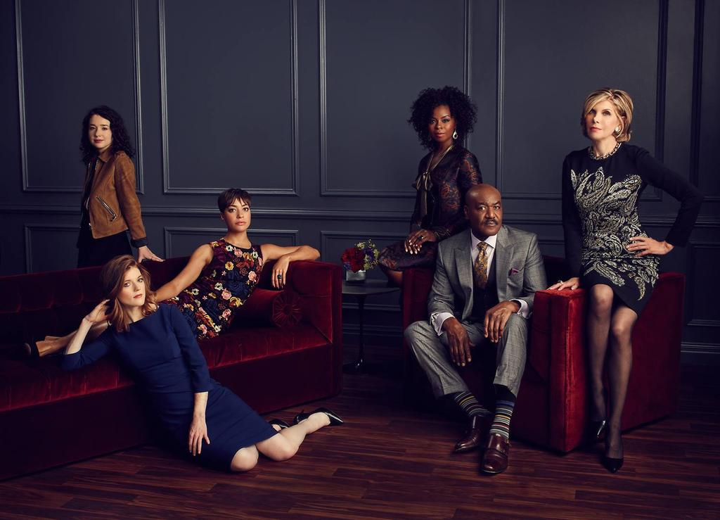 Reparto de 'The Good Fight' en una foto promocional de la serie