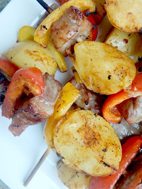 steak and potato kabobs (sweetandsavoryfood.com)