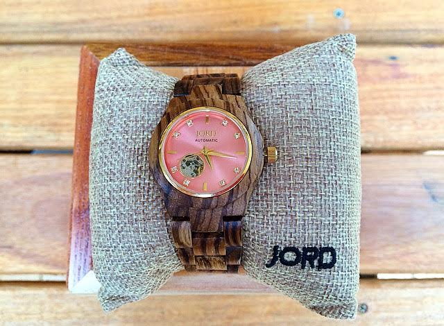 Telling the Time with my Stylish JORD Wood Watch