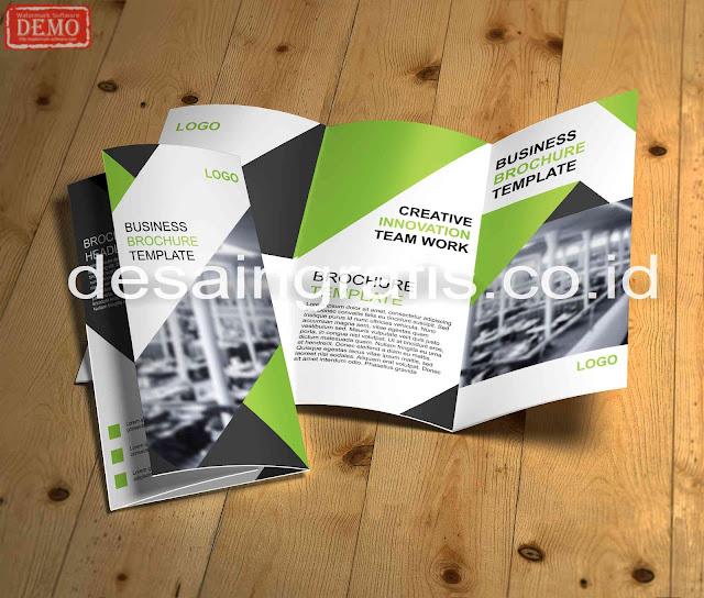 desain brosur
