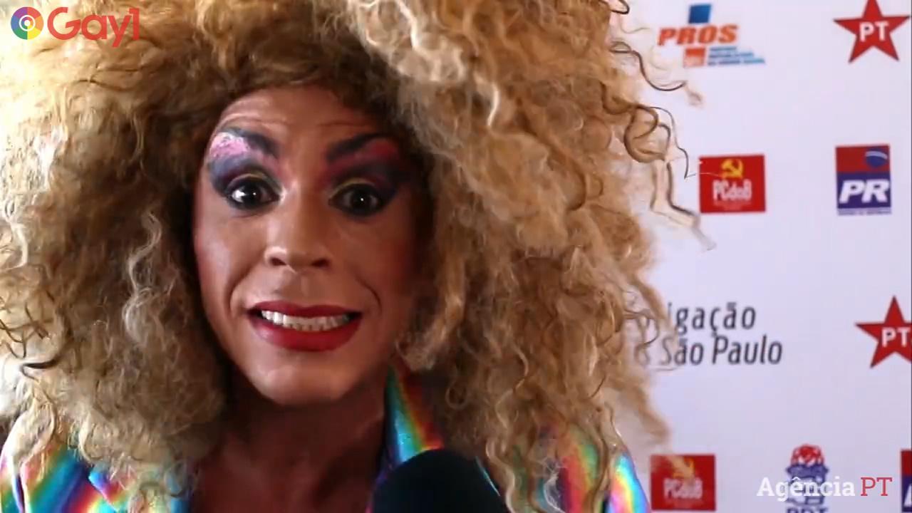Em São Paulo, drag queen faz sucesso com o Rap da Diversidade
