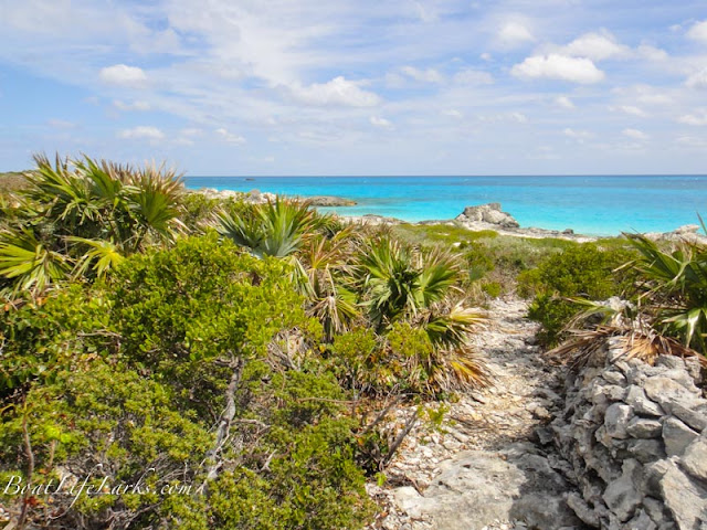Warderick Wells trail to Exuma Sound