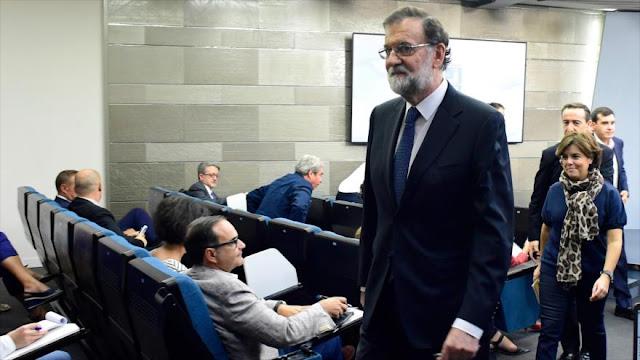 Rajoy busca apoyo de PSOE y C's en medidas antireferendo catalán