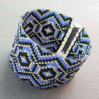 купить браслет из бисера с орнаментом купить широкий браслет на руку фото