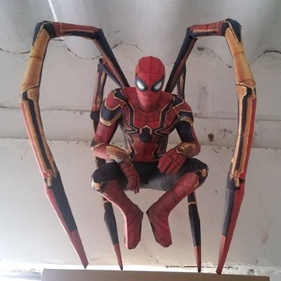 Marvel Papercraft: Iron Spider