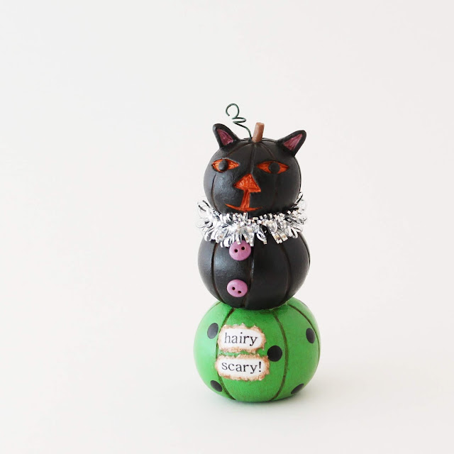 Bea's Wees Halloween Collectible