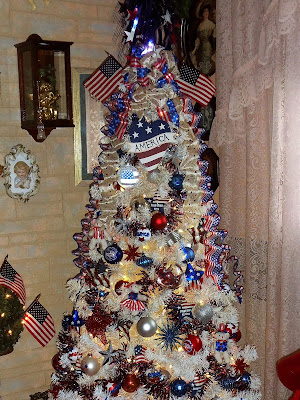 summer Patriotic tree and decor