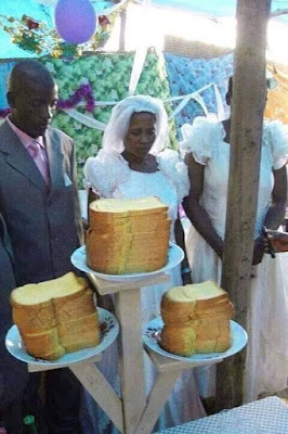 Is a Cake Compulsory in a Wedding?