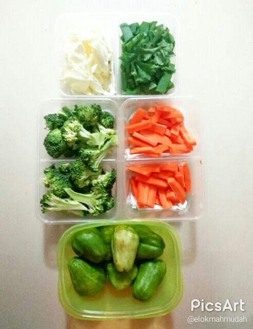 food prep atau food preparation untuk sayur mayur