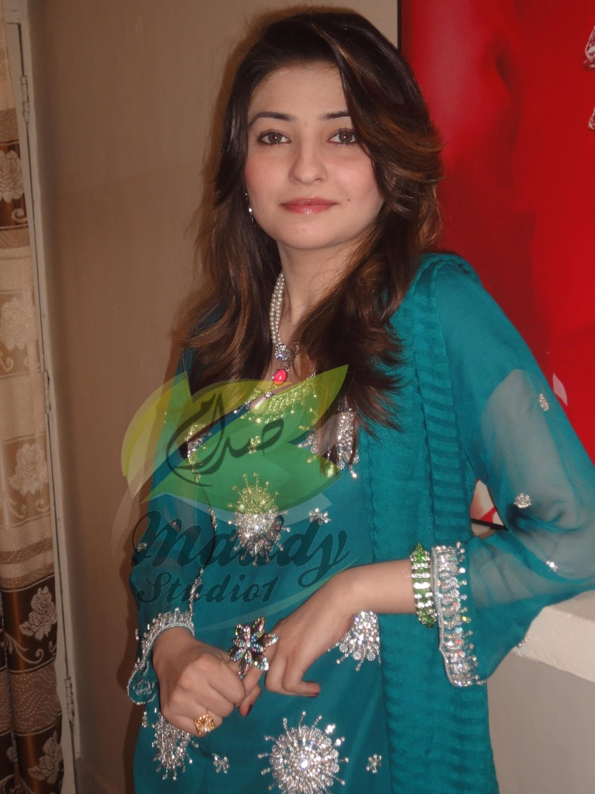 Pakistani Film Drama Actress And Models Pashto Singer Gul -8169