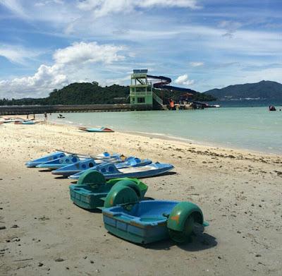 Indahnya Pantai Mutun Lampung