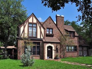 external image Tudor-revival-home-in-Bryan-Texas1.jpg