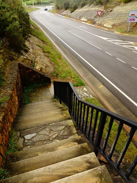 Xurde morn calle de los hornos de santillana a arroyo y orea bajamos las escaleras fandeluxe Images