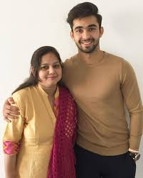 Abhishek Verma Family Wife Son Daughter Father Mother Age Height Biography Profile Wedding Photos