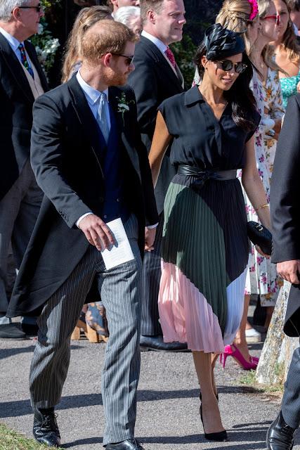 Los Duques de Sussex asisten a una boda