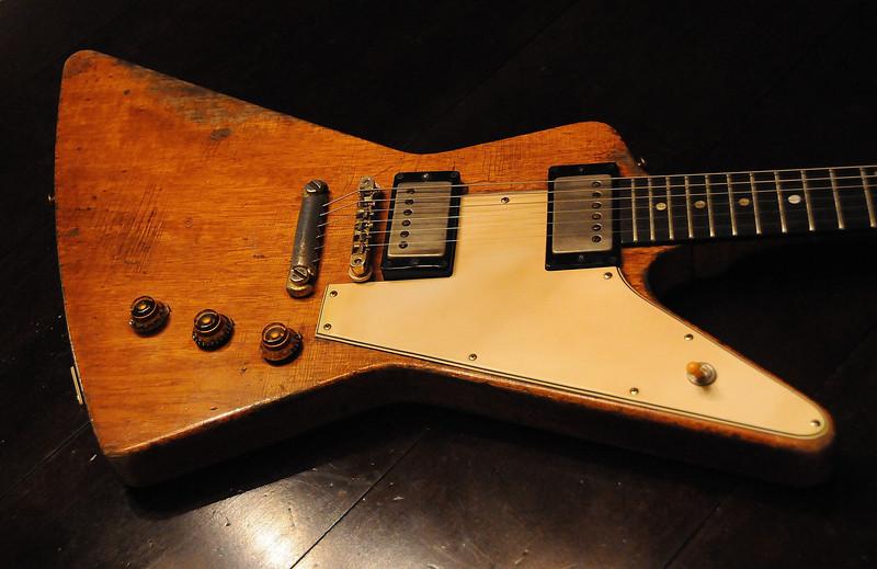Voodoo Guitar: 1957: Gibson Guitars, Korina wood, & Science