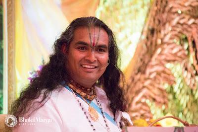 Rozdział 11 Bhagawad Gita z ParamahamsąVishwanandą