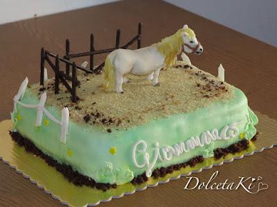 torta pony equitazione